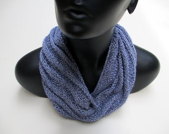 Scarf, circular knitted, blue, diagonal stitch