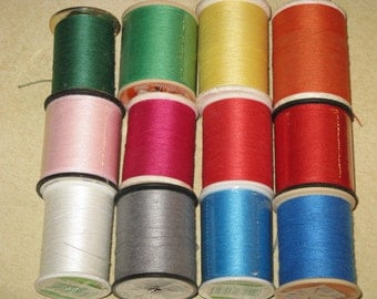 Vintage Sewing Thread Polyester 12 Large Spools Green, Pink, Red, Blue, Orange, Yellow New and Used
