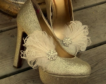 Shoe Clips, Feather Shoe Clips, Rhinestone SHoes Clip, Bridal Accessories, Wedding Accessories, Bridal Shoe Clips, Ivory, White, Champagne
