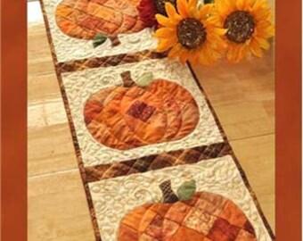 Pattern Patchwork Pumpkin Table Runner SF48568