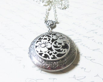 Renaissance Style Flower Silver Locket---gift for her.Christmas gift,Valentine's Gift Mothers Day gift