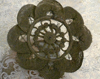 1900's Metallic Flower Applique