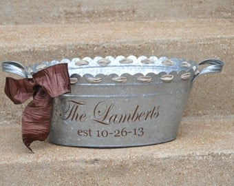 Personalized Beverage Tub/ Drink Tub/ Party Tub/ Family Name/ Wedding Tub/ Galvanized Metal