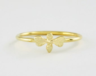 Honey Bee Ring in Solid 14K Gold