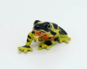 1 - Porcelain Poison Dart Frog Pendant Hand Painted Glaze Ceramic Animal Small Ceramic Frog Bead Jewelry Supplies Little Critterz (CA132)