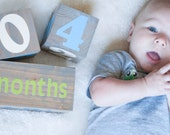 Large Wooden Age Blocks. Baby photo prop. Milestone blocks. Baby shower gift. Babyblocks. Newborn gift. Baby milestone pregnancy blocks.
