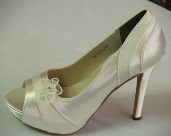 lace insert bridal shoes with ribbons in ivory 4heels elegant ...