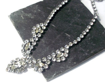 Rhinestone necklace. Vintage. Beautiful sparkling jewelry. Crystal necklace