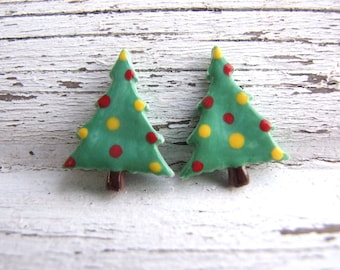 Christmas Tree earrings, green polka dot, ceramic stud posts, Holiday fashion, handmade Christmas gift