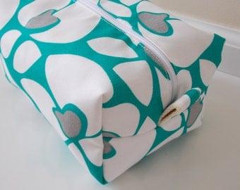 Modern Makeup Bag - Turquoise Makeup Bag - Cosmetic Bag - Large Makeup Bag - Waterproof Makeup Bag