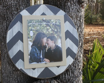 Distressed Picture Frame, Round 8x10 Frame, Chevron Picture Frame, 8x10 Picture Frame, Round Picture Frame