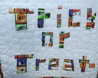 CLEARANCE Trick or Treat Wall Hanging