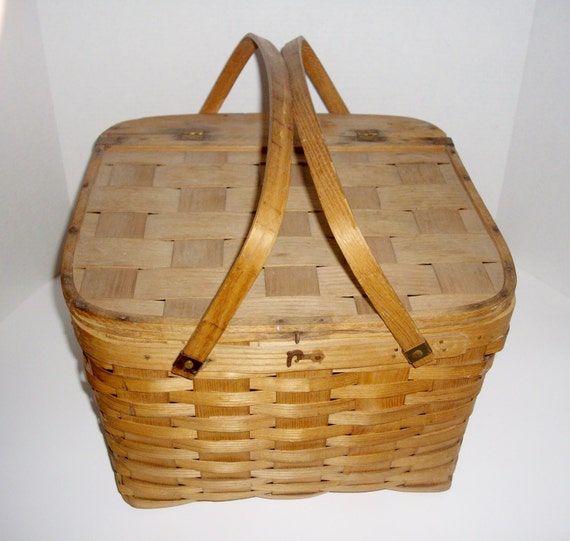Picnic Basket Pie : Reserved for anne vintage wicker pie basket picnic