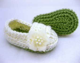 Baby Girl Shoes / Slippers - Green Cream Holiday - YOUR choice size - (newborn - 12 months) - photo prop - children
