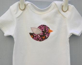 Appliqued Bird Bodysuit, Applique Baby bodysuit, Bird baby shirt, bird layette, bird baby gift, baby shower gift, Gifts under 20