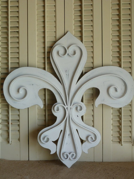 Metal Wall Hanging Iron Fleur De Lis White By