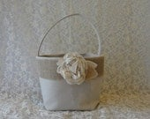 Flower Girl Basket Rustic Wedding Burlap Flower Girl Petal Purse Autumn Wedding Fall Wedding Country Wedding Burlap Flower Girl Purse - theBluebirdStudio
