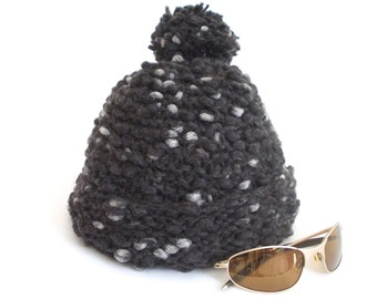 Handmade hat, Knit hat, Grey, Beanie, Chunky Knit HAT, Knit Ppompom Hat, Winter hat, Pompom hat, Gray, chunky knit beanie, Knitting hat