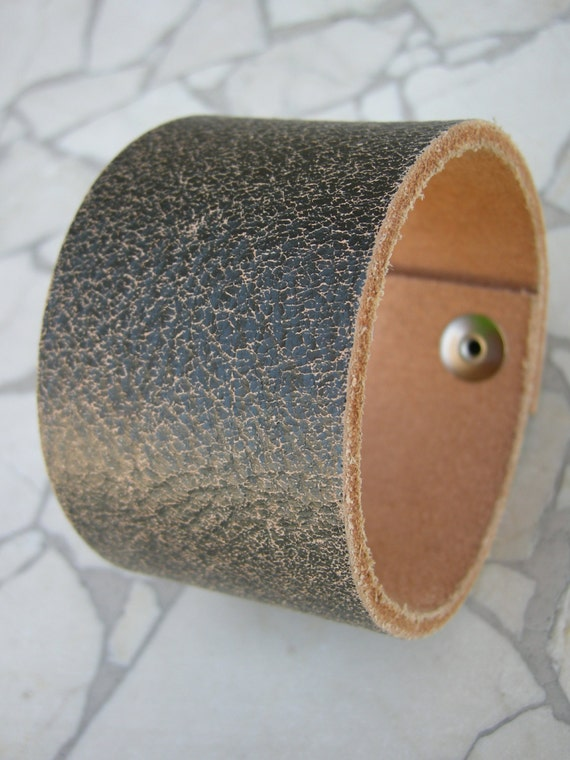 Mens Leather Crackle Black Bracelet Bangle Cuff with Snap Brn-114-1