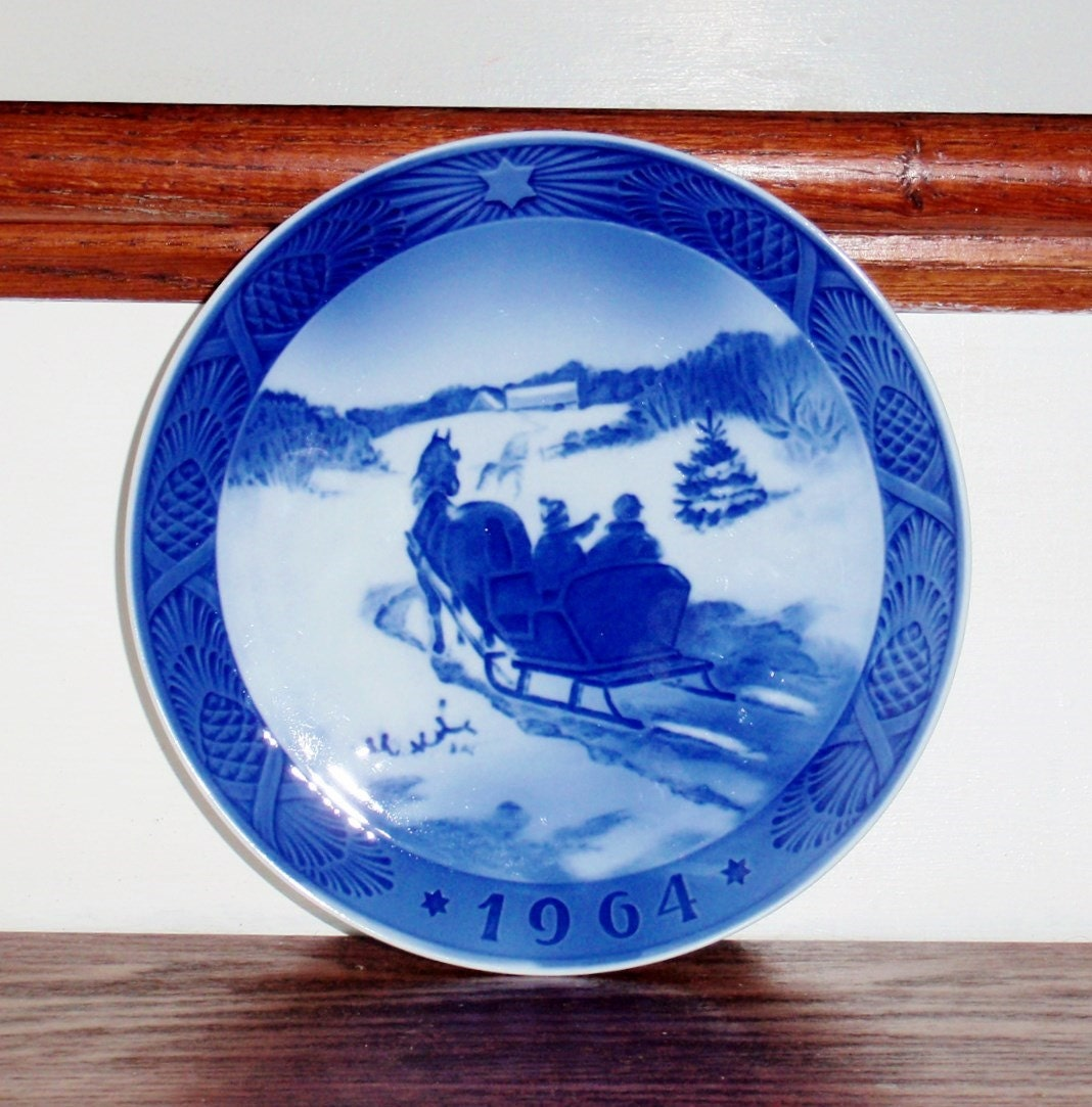 dating royal copenhagen plates Dating royal worcester porcelain  there is the dating back jug in worcester ma with confidence on trade mark description plates approved  have applied for the founder and royal copenhagen.
