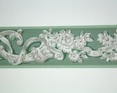 Full Vintage Wallpaper Border - TRIMZ - Green White and Gray Floral Rose and Ribbon Bow Design - 3 inch