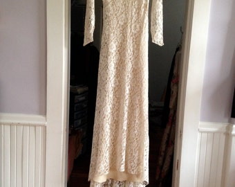 1920's / 30's Lace Wedding Gown / Chantilly Lace 30's wedding Gown with Underslip /Size 0-2 Petite
