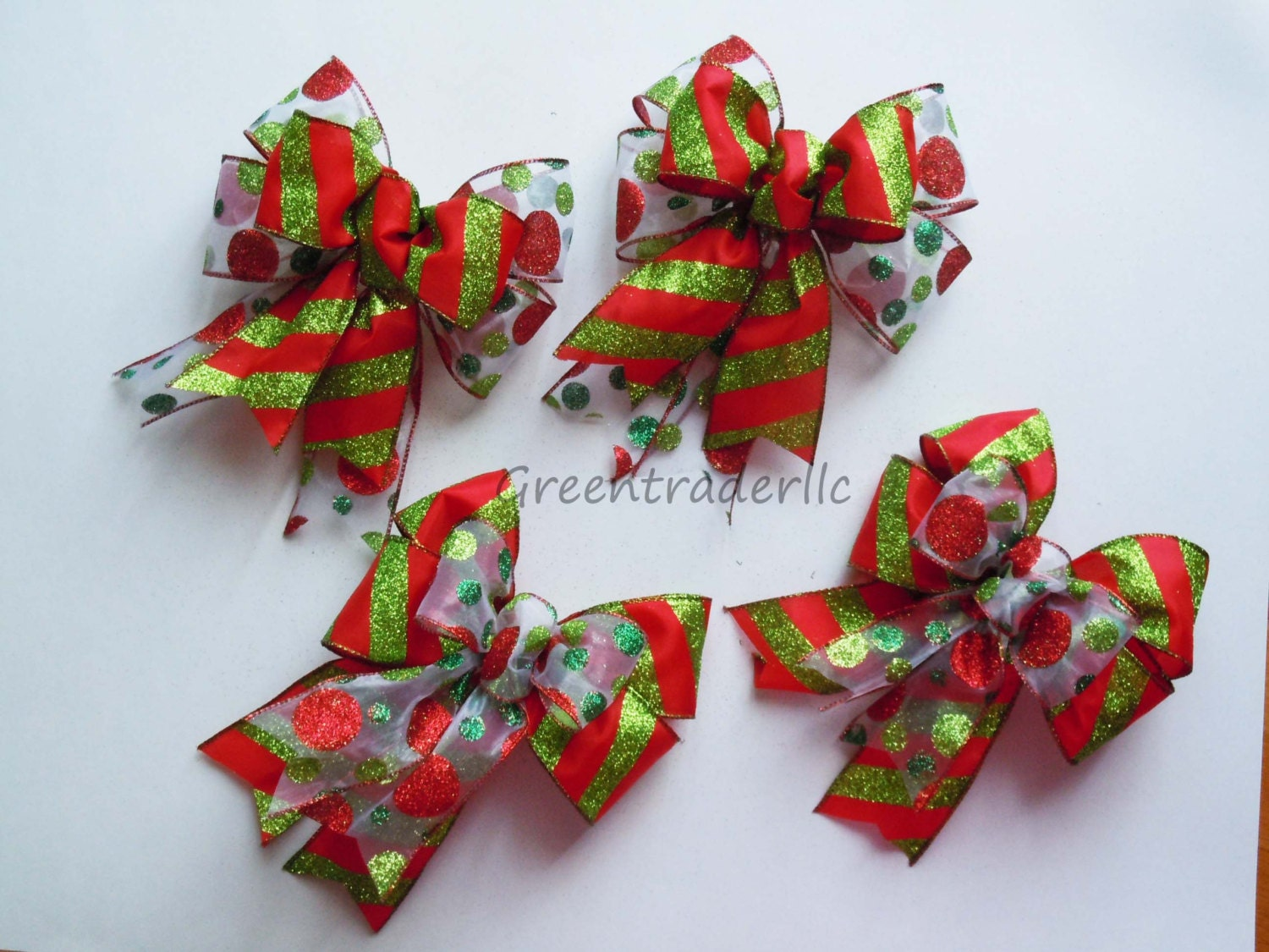10 christmas tree ornament bows red green by. Black Bedroom Furniture Sets. Home Design Ideas
