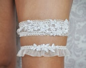 Wedding Garters with lace, Ivory Garter Set with lace and pearls, Bridal Accessories Ivory or White - 115G