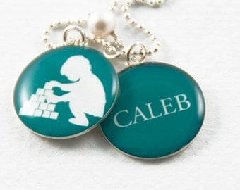 Personalized Child Silhouette & Name Necklace | Mom Necklace | New Baby Necklace