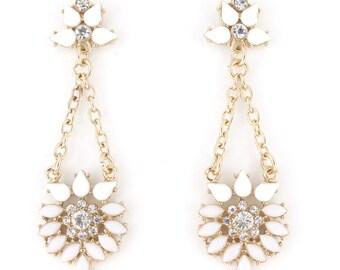 Elegant White Flowers Post Backing Dangle Drop Earrings