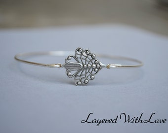 Silver Filigree Bangle- Silver Bracelet- Fleur De Lis Bangle- Bangle- Silver Jewelry- Bridesmaids Gifts-Wire Bangle