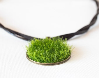 Green Artificial Grass Necklace with Leather strap Gardening Jewelry Eco-friendly Necklace For nature Lovers Eco Necklace  - 9 inch (23 cm)