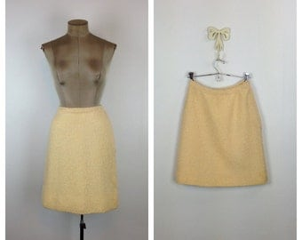 60s Cream Boucle Wool Pencil Skirt • 1960s High Waisted Bouclé Wool Skirt • Above the Knee Fitted Skirt • Small