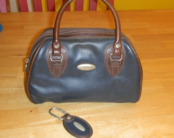 LIZ CLAIBORNE purse and key ring