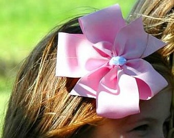 Light Pink Hair Bow Large 6 inch.
