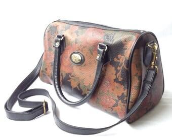 vintage 1990s floral print handbag. retro purse. 90s bag. women's accessory.