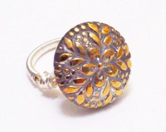 Vintage Glass Button Ring - Golden Petals