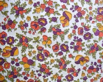 50s Mushroom Print Vintage Fabric Calico Mustard Yellow Tangerine Orange and Purple Cotton Floral Print Mid Century Kitsch Quilt Weight CBF