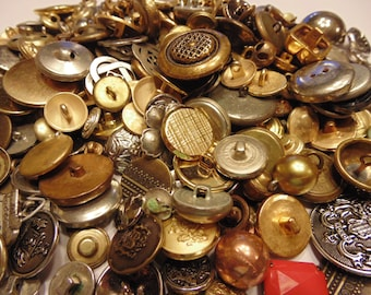 20 piece assorted vintage metal button mix, 12-28 mm (B8)