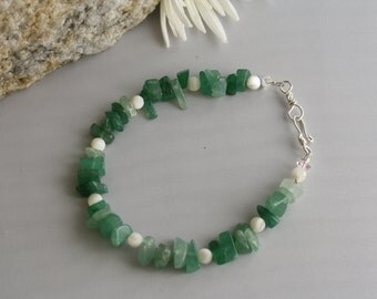 Aventurine and Mother of pearl Winter Green Lucky Bracelet