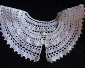 Vintage Crocheted Collar  in Winter White Color  Pretty Design  Special Occasion Dressy Lacy
