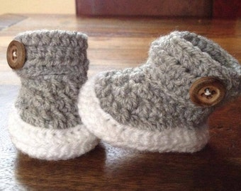 Crochet baby booties great babyshower gift! Free shipping! You can choose different colours!