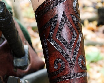 Celtic/tribal bracers, leather bracer, costume, larp, armor, accessorie