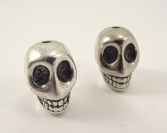 One (1) Large Pewter Skull Bead, Large Skull, Skeleton Head Bead