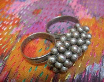 Vintage Indian Tribal Double Finger Ring with Decorative Silver Ball Cluster from Rajistan circa 1950s