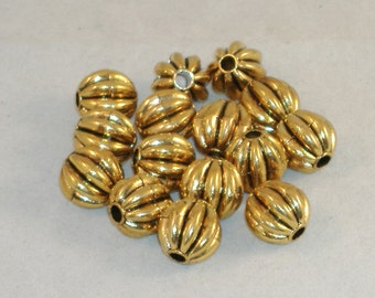 Goldtone Puffy Fluted Round Acrylic Beads, Spacers - 15mm -  15 Beads - DESTASH