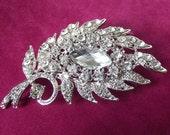 Crystal Bridal brooch, Wedding Brooch, Silver diamante brooch, Rhinestone brooch pin, Swarovski brooch, Crystal brooch comb, bridesmaid gift