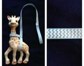 Sophie  Giraffe Leash Harness Light Blue Chevron