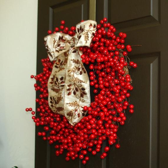 hnliche artikel wie rot weihnachten kranz rote beeren kranz beeren kranz haust r kranz dekor. Black Bedroom Furniture Sets. Home Design Ideas