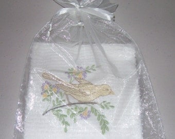 Embroidered Kitchen Towel - Mothers Day Gift - Home Decor - Custom Kitchen Towel - Christmas gift